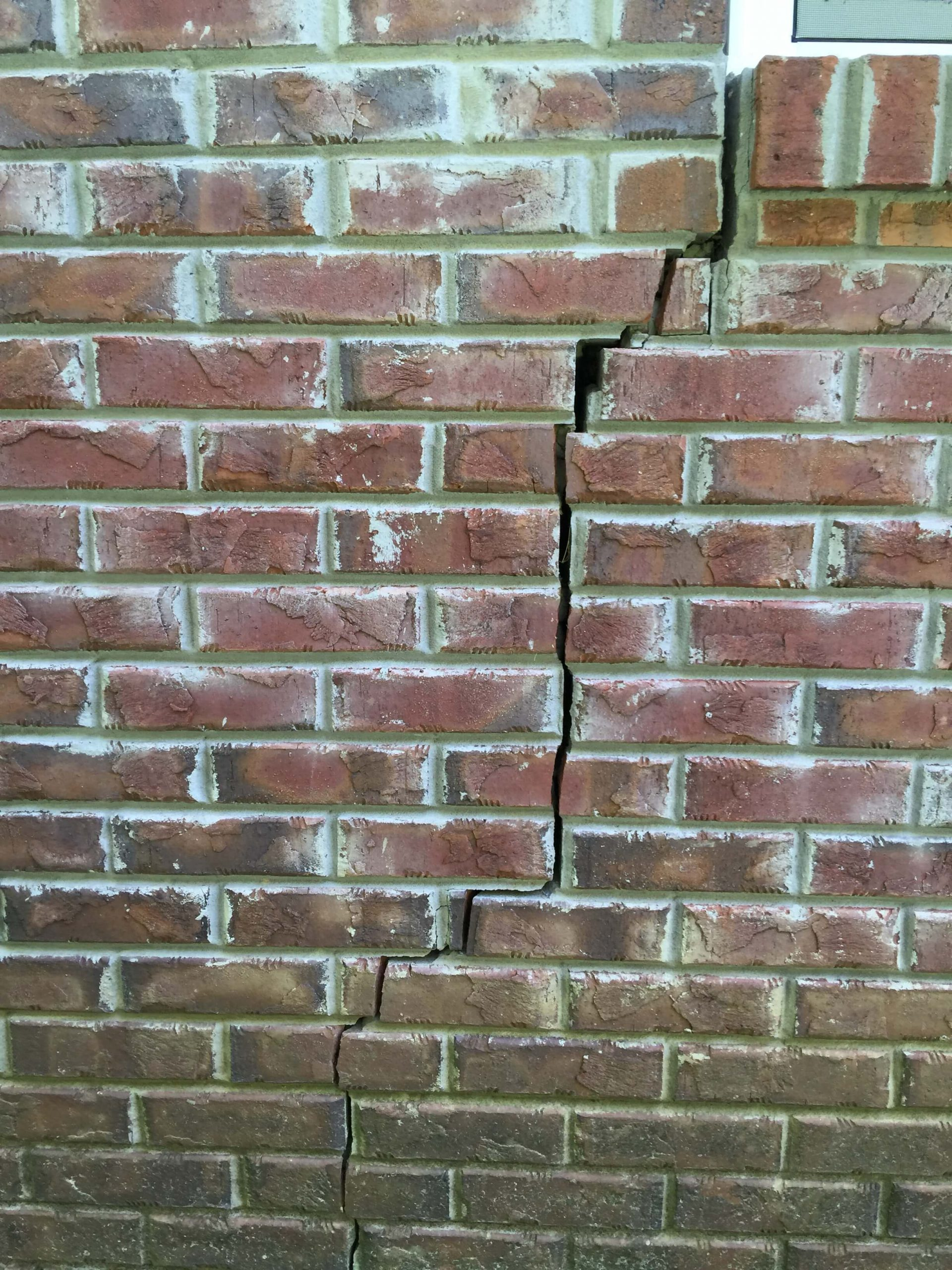 Vertical Brick Crack